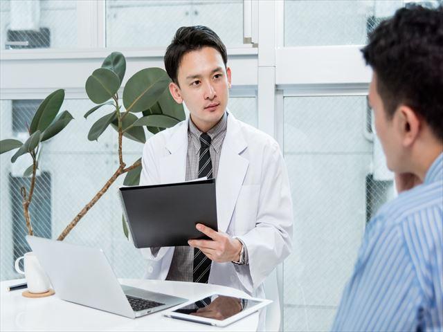 心療内科医が重視している4つの聞く技術とは?
